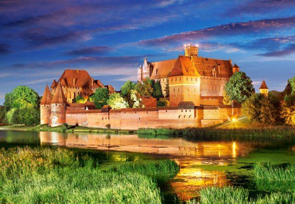 Castorland Malbork Castle Poland Legpuzzels