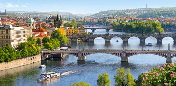 Castorland400096 2 Vltava Bridges In Prague 01 Legpuzzels