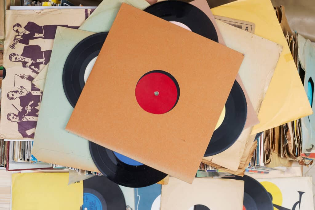 retro,styled,image,of,a,collection,of,old,vinyl,record